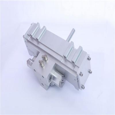 动力集中车电控气动刮雨器  型号 GYQ-8UGT